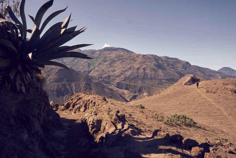 A fool-proof guide to hiking the Nariz del Diablo (Devil's